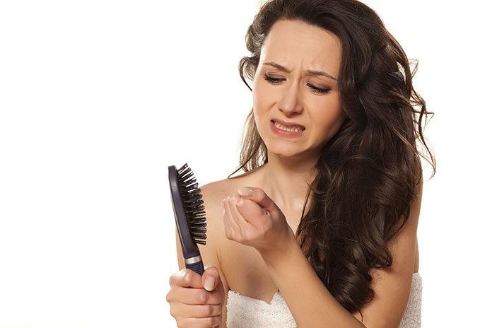 Aminexil Advanced to preparat, który zatrzyma włosy na Twojej głowie
