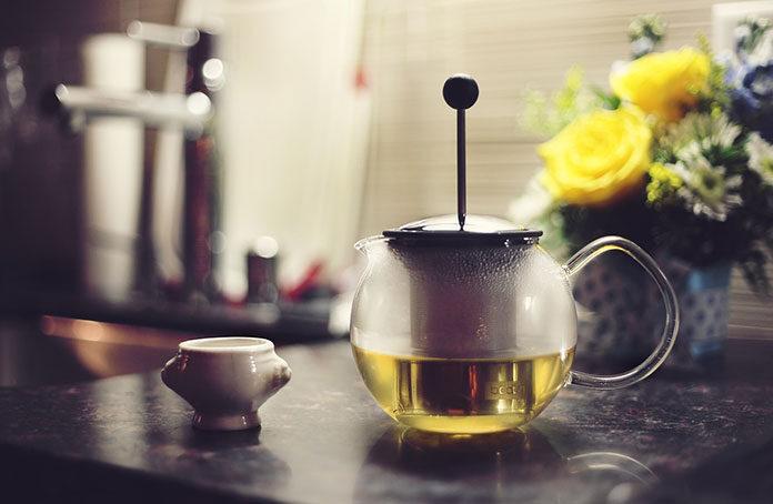 5 powodów, dla których warto częściej sięgać po zieloną herbatę.