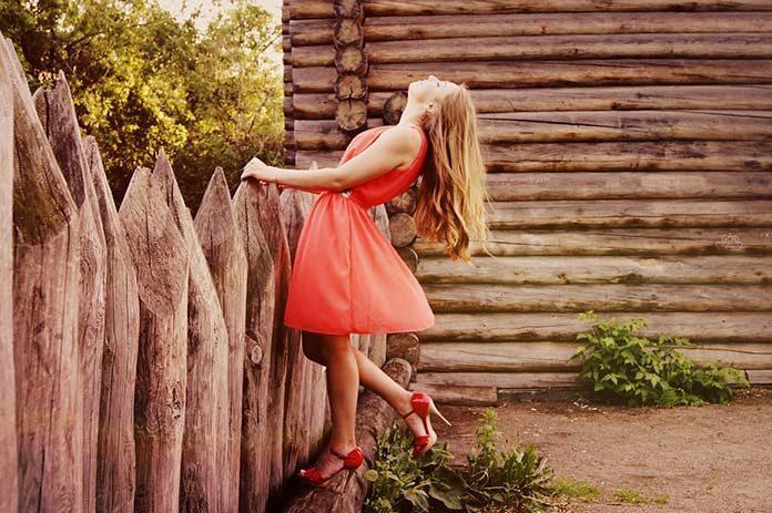 O tym, dlaczego kobiety powinny chodzić w sukienkach